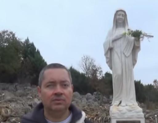 vídeo sobre a imagem rainha da paz em medjugorje