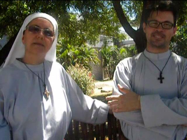 Testemunho Irmã Imaculada e Irmão Emmanuel - Comunidade Mariana Oásis da Paz